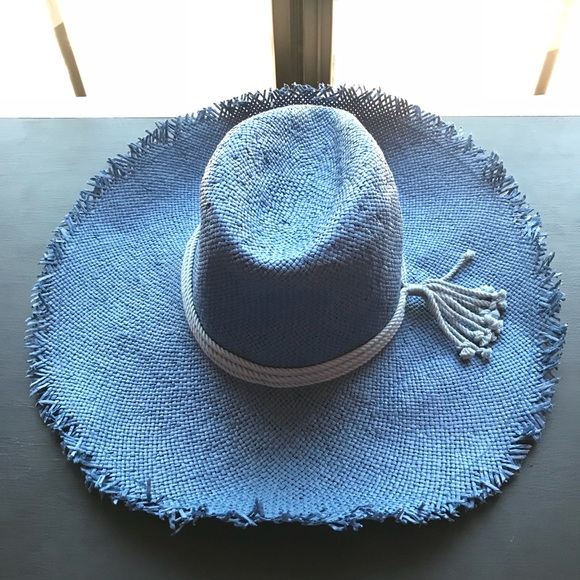 fb0c8366933 ☀️NWT Caslon Blue Floppy Sun Hat from Nordstrom
